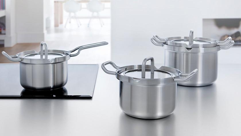 Kochtöpfe in verschiedenen Größen