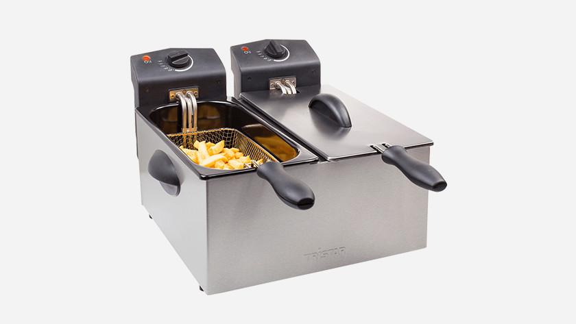 Fritteuse mit 2 Körben und Pommes frites