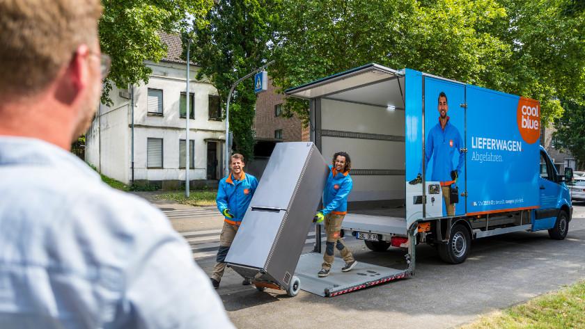 Auslieferung eines Kühlschranks über Coolblue.
