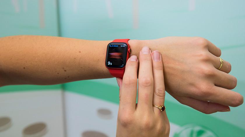 Pulsoximeter der Apple Watch Series 6