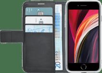Azuri Brieftasche Apple iPhone SE 08.02.7 Bücherregal Schwarz