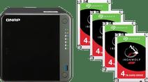 QNAP TS-453D-8G + 16 TB (4x4 TB)