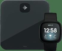 Fitbit Versa 3 Schwarz + Fitbit Aria Air Schwarz