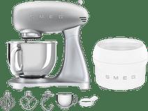 SMEG SMF02SVEU Silber + Eisbereiter