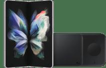 Samsung Galaxy Z Fold3 512GB Silber 5G + Samsung kabelloses Ladegerät DUO Pad 9W Schwar