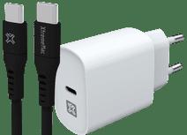 XtremeMac Power Delivery Ladegerät 30W Weiß + USB-C-Kabel 1,5m Kunststoff Schwarz